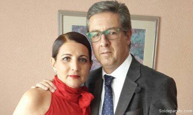 Un asunto de interés público relativo a la función que desempeña la diputada Susana Rivero, llevó a su esposo, Julio Peñaloza Bretel, a pretender encubrirlo en la vía de una confrontación privada.   Foto Facebook público de Julio Peñaloza