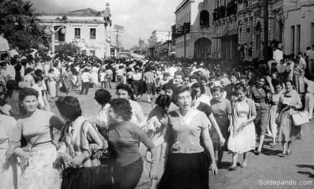 Resultado de imagen de historia de las mujeres en Bolivia