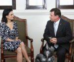 La Vicepresidenta y Ministra de Relaciones Exteriores de Panamá, Isabel de Saint Malo de Alvarado, durante una reunión oficial con el embajador Rafael Bandeira Arze el 4 de septiembre del 2014.   Foto Cortesía Cancillería de Panamá