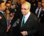 El político anunció su renuncia entre lágrimas. | Foto O Globo
