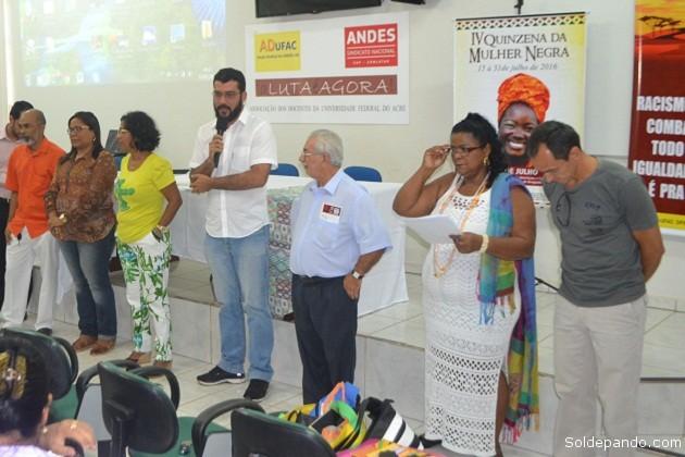 El Secretario de Justicia y Derechos Humanos del Estado do Acre, Nilson Mourão, presidió las actividades de la Quincena de la Mujer Negra. Foto Jeanduly Mendes – Sejudh