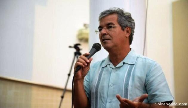 O senador Viana se colocou à disposição para levar um debate sobre questões ayahuasqueiras ao Congresso Nacional Brasileiro | Foto Diego Gurgel/Secom