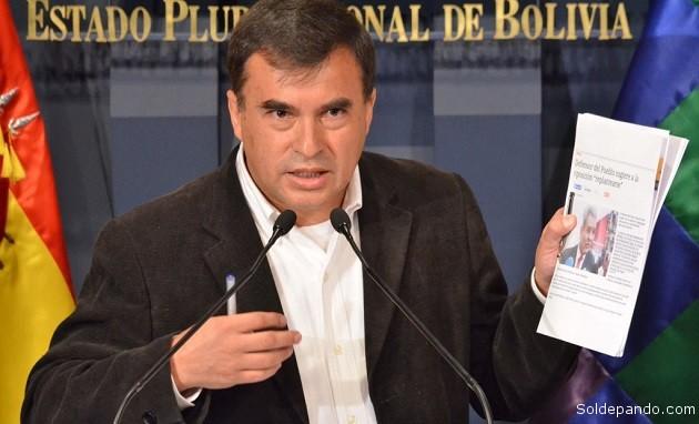 El prepotente Ministro de la Presidencia de Bolivia influyó personalmente para que la Dirección de Aeronáutica Civil cambie su inicial decisión de no autorizara Lamia vuelos internacionales. | Foto ABI
